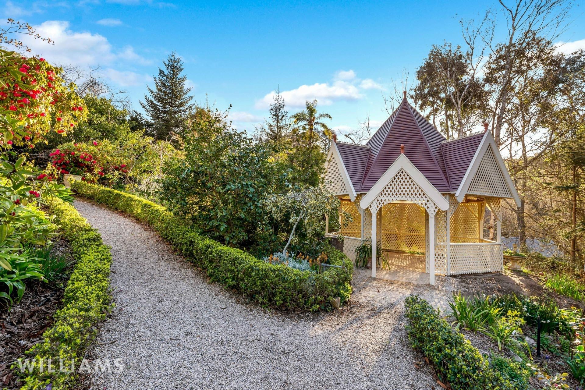 26 Sturt Valley Road Stirling